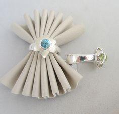 Summerflower ring with blue Topaz Blue Topaz, Costume Jewelry, Jewelry Design, Jewelry Making, Jewels, Jewellery, Rings, Bijoux, Jewelry Shop