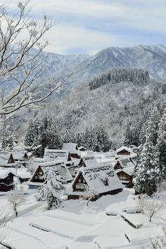 The World Heritage, Gokayama village, Toyama, Japan Toyama, Beautiful World, Beautiful Places, Winter In Japan, Magic Places, Winter Magic, Fall Winter, Winter Scenery, Snow Scenes