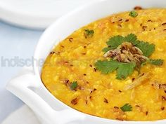 Gelbe Linsen Dal Tadka – Würziges Mung-Linsen – indisches Linsengericht