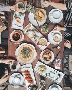 Ưu Đàm chay - 34 Hàng Bài Hà Nội. Repost @ninhtrungvu #ncchanoi #nhacuacoffeeholic by nhacuacoffeeholic
