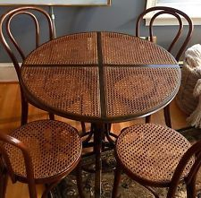 Wicker Cane & Bentwood Table And Chairs, Mid-Century Modern, ØØ1