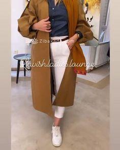 آموزش دوخت مانتو کناره های خط مچ رو - زیباکده Duster Coat, Normcore, Jackets, Dresses, Style, Fashion, Down Jackets, Vestidos, Swag