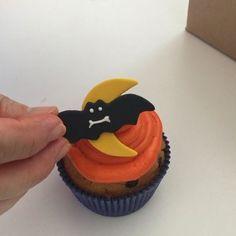 Halloween preview #halloweencostume #halloweenparty #halloweencake #halloweenfood #cakes #foodpics #cute #fashioncake #pickoftheday #cute #love #foodideas #foodart #cakedesing #cakepops #instavideo