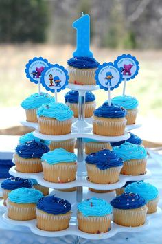 Pocyo decor great for a 3 yr boy First Birthday Decorations, Happy Birthday Parties, Happy Party, Boy First Birthday, Birthday Ideas, Party In A Box, First Birthdays, Cup Cakes, Kitchen Dining
