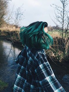 Hair Care Tips That You Shouldn't Pass Up – Hair Extensions Remy Hair Color Purple, Hair Dye Colors, Cool Hair Color, Blue Hair, Pelo Guay, Hair Inspo, Hair Inspiration, Pelo Multicolor, Green Wig