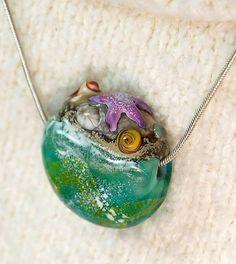 Eel Grass Roundel Lampwork Pendant by aStudiobytheSea on Etsy, $50.00