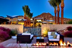 Kendle Design Collaborative have remodelled a house in Paradise Valley, Arizona.