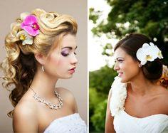 Brautfrisur im Ombre-Look mit Orchideen und elegante Hochsteckfrisur