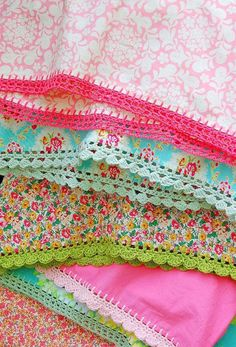 crochet-edged blanket- I need to learn how to do this, because it is so very pretty