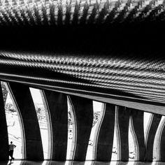 #brasil #brazil #brasilia #tribunal #court #tribunal #courtofjustice #stj #superiortribunaldejustiça #law #foto #photo #fotografia #photography #instaphoto #igphoto #iphone5s #iphonephoto #summer #sun #sunny #sunnyday #oscar #niemayer #oscarniemeyer #concreto #concret #black #white #blackandwhite #blackandwhitephotography #igphoto (by ricardocolombelli)