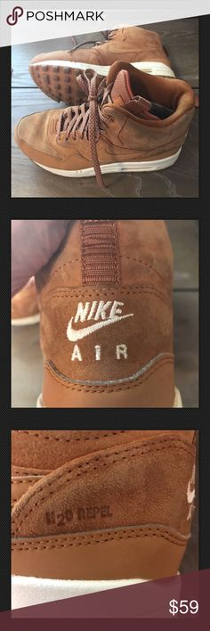 574f1aaf Nike Air Max 1 Suede Repel women's sz 7 Nike Air Max 1 Repel Sneaker Boot  Women 7 Tawny Gum Suede Leather Repel Caramel Suede Sz 7 one end Strap has  tape ...