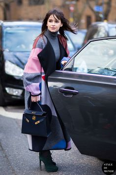 hermes-kelly-bag-grace-kelly-street-style-habituallychic-027