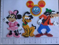 Mickey Maus Clubhouse Hama Perlen Magnet Set von MagneticMommy