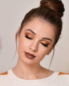 16 Sexy Makeup Ideas For Valentines Day - Inspired Beauty Denitslava Makeup, Fall Eye Makeup, Sexy Makeup, Natural Eye Makeup, Makeup For Brown Eyes, Eyeshadow Makeup, Makeup Cosmetics, Jessica Clement, Zendaya Makeup