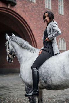 Die 1405 Besten Bilder Von Equestrienne Reiterinnen In