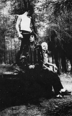 The Southern Death Cult ZIG ZAG 1982 . https://www.facebook.com/coversandloversVinyl / Music / Punk / Post Punk / New Wave / Nu Wave / Industrial / Noise / EBM / Goth Rock / Electronic / Cold Wave / Synth pop / Electro Dark / Alternative / Shoegaze / Dream pop / Techno pop / Dark Wave ( Death Rock / Gothic / Minimal Wave .
