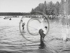 Lusto - Suomen Metsämuseo, Metsäteollisuus ry:n kokoelma, Teollisuusvalokuvaamo Mannelin