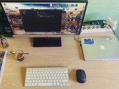 Tempo libero caffè e esperimenti con #haskell e #functionalprogramming. I pomeriggi quelli belli.  #programming #laptop #PHP #nodejs #computerengineer #functional #lambda #instagram #desktop #coffeetime #landscape #light #color #code #afternoon #ingegneriainformatica #monads
