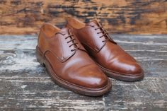 http://chicerman.com  dandyshoecare:  Un Tocco Di Classe by Dandy Shoe Care for one italian gentleman.  Your shoes are a sort of a business card. Do not neglect this important aspect of the look. Please ask Dandy Shoe Care to turn your shoes into a great example of true class and distinguished elegance.  #menshoes