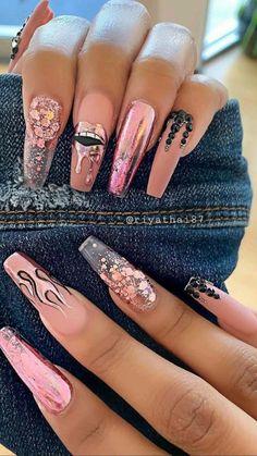 Pink Glitter Nails, Shiny Nails, Gel Nails, Coffin Nails, Nail Polish, Blush Nails, Holographic Glitter, Stiletto Nails, Cute Acrylic Nail Designs