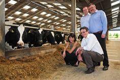 University helps local business turn farm waste into energy - September 2012 - Laura Porcu (KTP Associate), Paul Yeomans (KTP Manager), Martin Rigley (MD - Lindhurst Engineering Ltd) & Steve Ramsden (Farm Manager - Sutton Bonington)