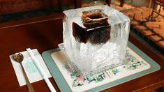 巨大なブロック氷を器にしてアイスコーヒーを楽しむ北野坂にしむら珈琲店の「氷の器のアイスコーヒー」を飲んでみた - GIGAZINE