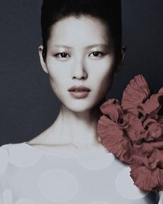 Photo by Thereze Duminski on June 09, 2020. Image may contain: 1 person, closeup Wes Anderson Characters, Xiao Li, Fan Ho, Liu Wen, Beauty Around The World, Female Portrait, Woman Portrait, Models Makeup, China Girl
