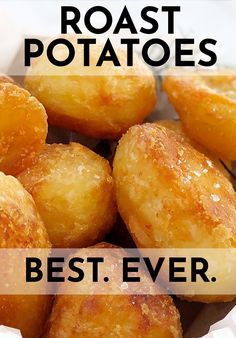 These are my best ever, super crispy oven roast potatoes. These crunchy little beauties are pan roasted so they are glass-like on the outside, and fluffy on the inside. The perfect oven roasted potatoes in my opinion! #chefnotrequired #roastpotatoes