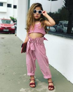 ARLLORD Baby Girls Outfits Plaid Bowknot Halter Sleeveless Pants Set Top Pants Clothes Sets Red -- See this wonderful item. (This is an affiliate link ). Little Girl Outfits, Little Girl Fashion, Kids Outfits, Kids Summer Dresses, Girls Dresses, Fashion Kids, Bathing Suits One Piece, Baby Dress Patterns, Moda Chic