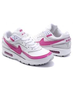 best sneakers 0569a d3e54 Nike Air Max Classic BW s