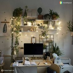 I would never leave my work-space if it looked like this : CozyPlaces - room Inspiration - Dorm Room Study Room Decor, Cute Room Decor, Room Ideas Bedroom, Bedroom Decor, Bedroom Inspo, Wall Decor, Home Office Space, Aesthetic Room Decor, Cozy Room