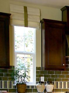 39 Window Valance Curtain Ideas (From Custom Workrooms) Box Pleat Valance, Valance Curtains, Valance Ideas, Curtain Ideas, Sidelight Windows, Blinds For Windows, Valances For Living Room, Custom Curtains, Custom Valances