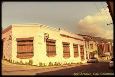 San Antonio. Colores y texturas.  Cali-Colombia