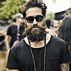 A giant stash of beard related images, videos, and news.