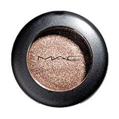 MAC eyeshadow in Mulch