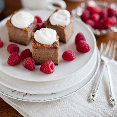 Walnut cake with gluten free option -- from yummy suppers Yummy Drinks, Yummy Food, Fun Food, Tasty, Cake Recipes, Dessert Recipes, Walnut Cake, Cake Servings, Something Sweet