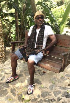 Portrait d'Artiste Haitian musicien Franck Louis Desire @desirefranck du groupe ASAKIVLE ©️ Marisa Tabti, El Valle 2021 Hipster, Portraits, Style, Fashion, Group, Artist, Swag, Moda, Hipsters