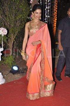 Deepika Padukone in peach saree sari Bollywood Sarees Online, Bollywood Fashion, Bollywood Style, Bollywood News, Bollywood Actress, Indian Dresses, Indian Outfits, Indian Clothes, Cute Fashion
