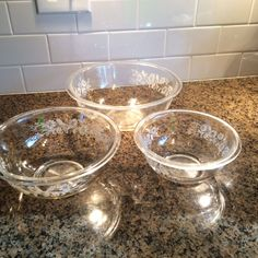 Vintage Set of 3 Pyrex Clear Glass Nesting Bowls With White Daisy Pattern #pyrex
