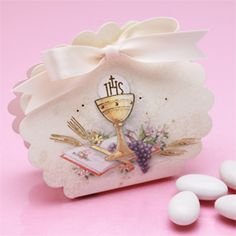 Holy Communion Scalloped Edge Favor Box - 10 pc, holds 4 to 8 almonds