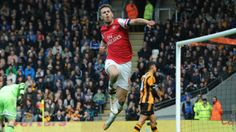 Aaron Ramsey scores to give Arsenal the lead in their 3-0 Premier League victory against Hull City