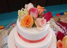 Rose Elegant Birthday Cakes For Women