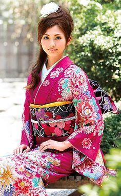 Costume tradizionale giapponese. Национальные костюмы Японии