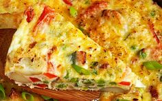 Sigur o sa-ti placa nebunia asta de arome. E gata in 20 de minute! Halloumi Burger, Romanian Food, 30 Minute Meals, I Foods, Quiche, Cookie Recipes, Bacon, Food And Drink, Healthy Recipes