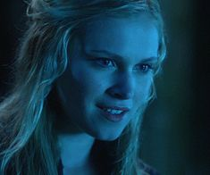 gif, clarke griffin, and eliza taylor Bild Eliza Jane Taylor Cotter, Eliza Taylor, Clarke The 100, The 100 Clexa, Lifetime Movies, Bellarke, Series Movies, Face Claims, Animated Gif