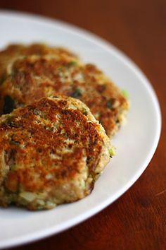 Cheesy Cauliflower Mushroom Patties