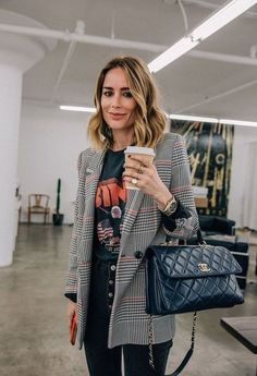 winter-womens-fashion-trends-and-styles - : Chic Graphic Tee + Blazer Outfit Mode Outfits, Office Outfits, Fall Outfits, Fashion Outfits, Womens Fashion, Fashion Trends, Office Attire, Office Wear, Ladies Fashion