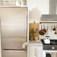 Photo by Karen Emile🌿 in Woodland Hills with @lauravenosa_pottery, @bertazzoni_official, @theagouraantiquemart, and @french.us. Image may contain: indoor    #Regram via @CCi6lvdpn08 Kitchen Organization, Say Hello, Boho Decor, Cool Kitchens, Natural Light, Home Appliances, Indoor, Woodland Hills, Interior