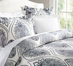 Cassidy Medallion Duvet Cover & Sham - Blue