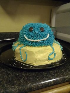 The head is rice krispies I Have Done, Baby Shower Cakes, Rice Krispies, Octopus, Sisters, Party Ideas, Desserts, Food, Cakes Baby Showers